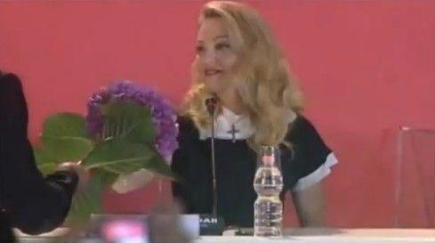 Madonna n'aime pas les hortensias...