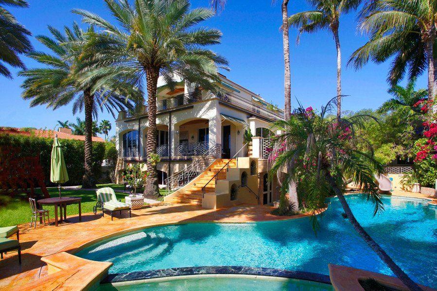 Fort Lauderdale se situe sous le soleil de Floride, aux Etats-Unis.