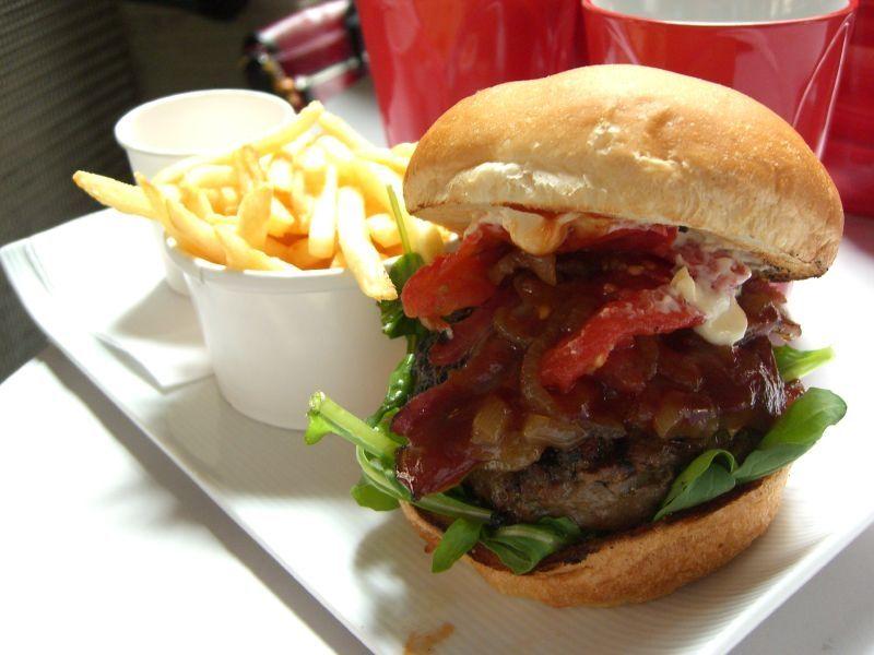 970 millions de burgers ont été vendus en France en 2013