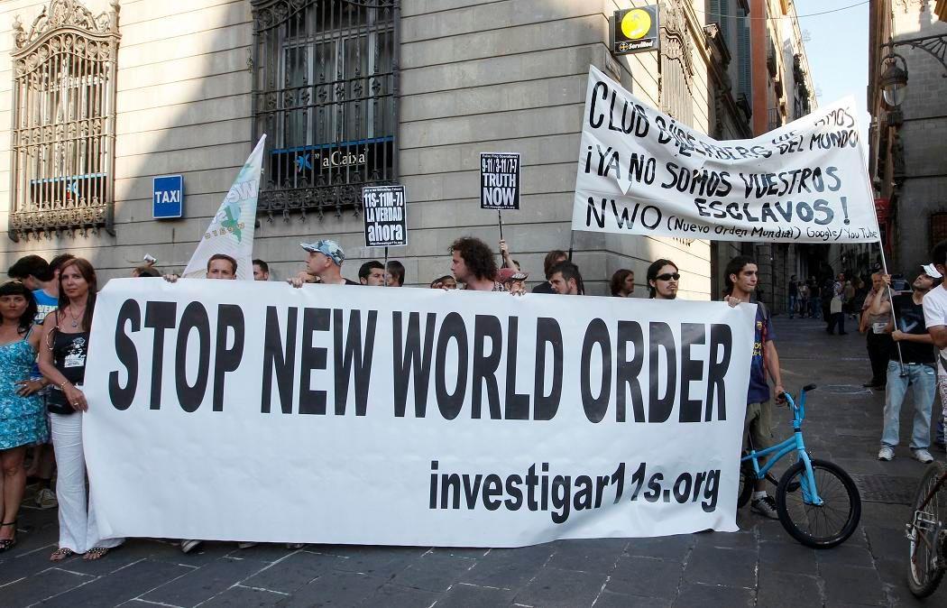 De l'extrême-gauche européenne à l'extrême-droite américaine : la mouvance anti-Bilderberg est très diverse, comme ici en Espagne.