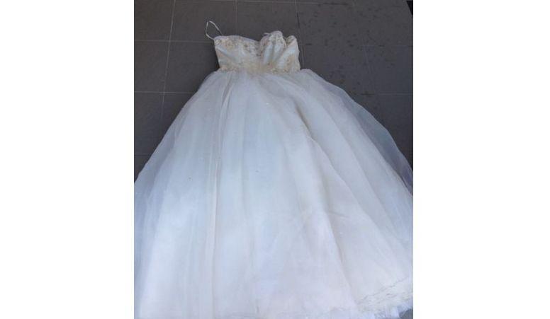 Trompé, il met en vente la robe de mariée de sa femme sur Internet et règle ses comptes