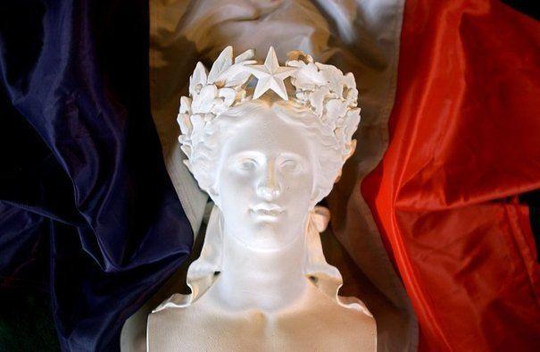Spoil system à la française, selon le gouvernement, tout est désormais en ordre. Mais avec quel résultat ?