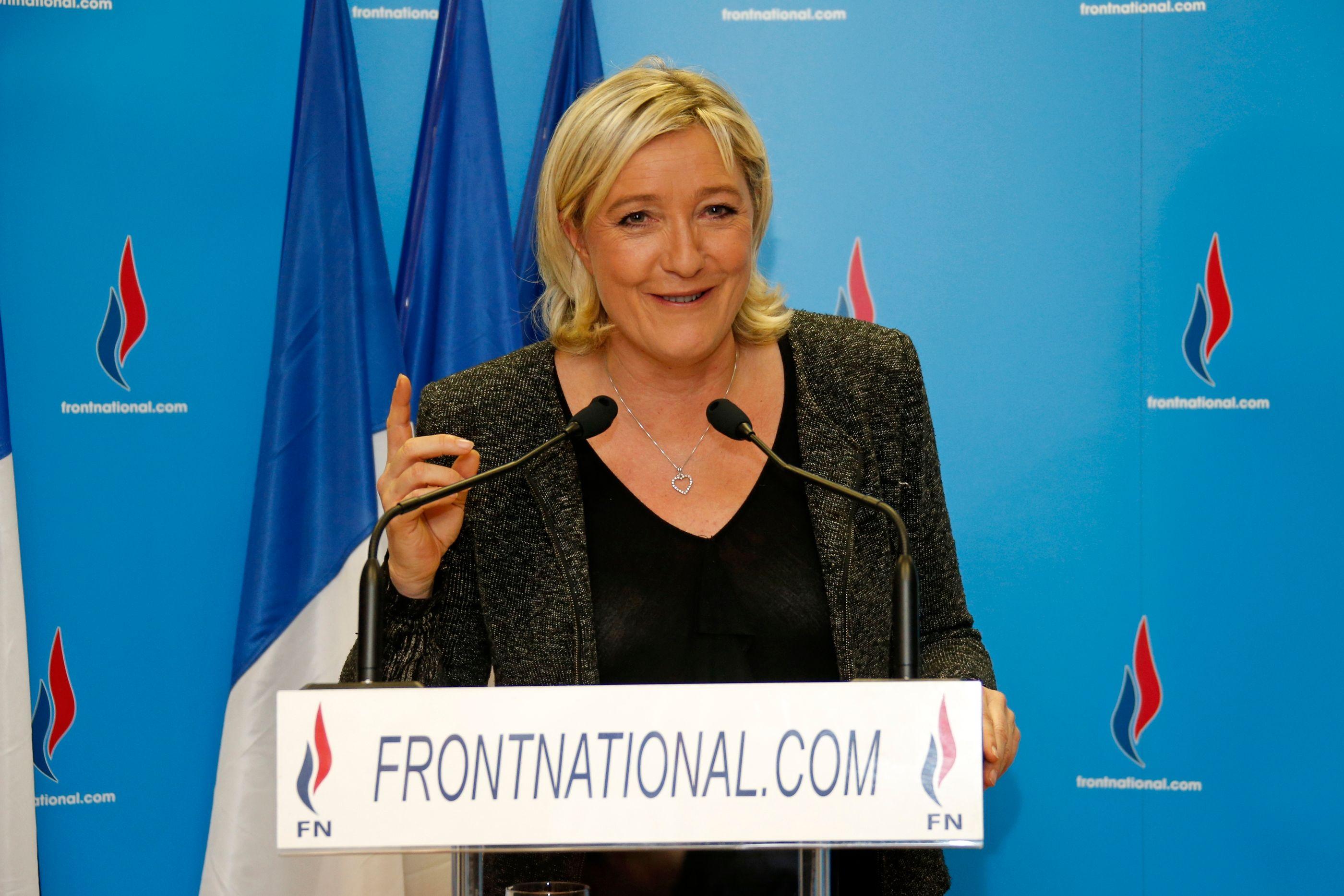 50,3% à Hénin-Beaumont, 44,9% à Béziers, 42,6% à Saint-Gilles, 40,3% à Fréjus : les scores du Front national aux municipales sont inédits.