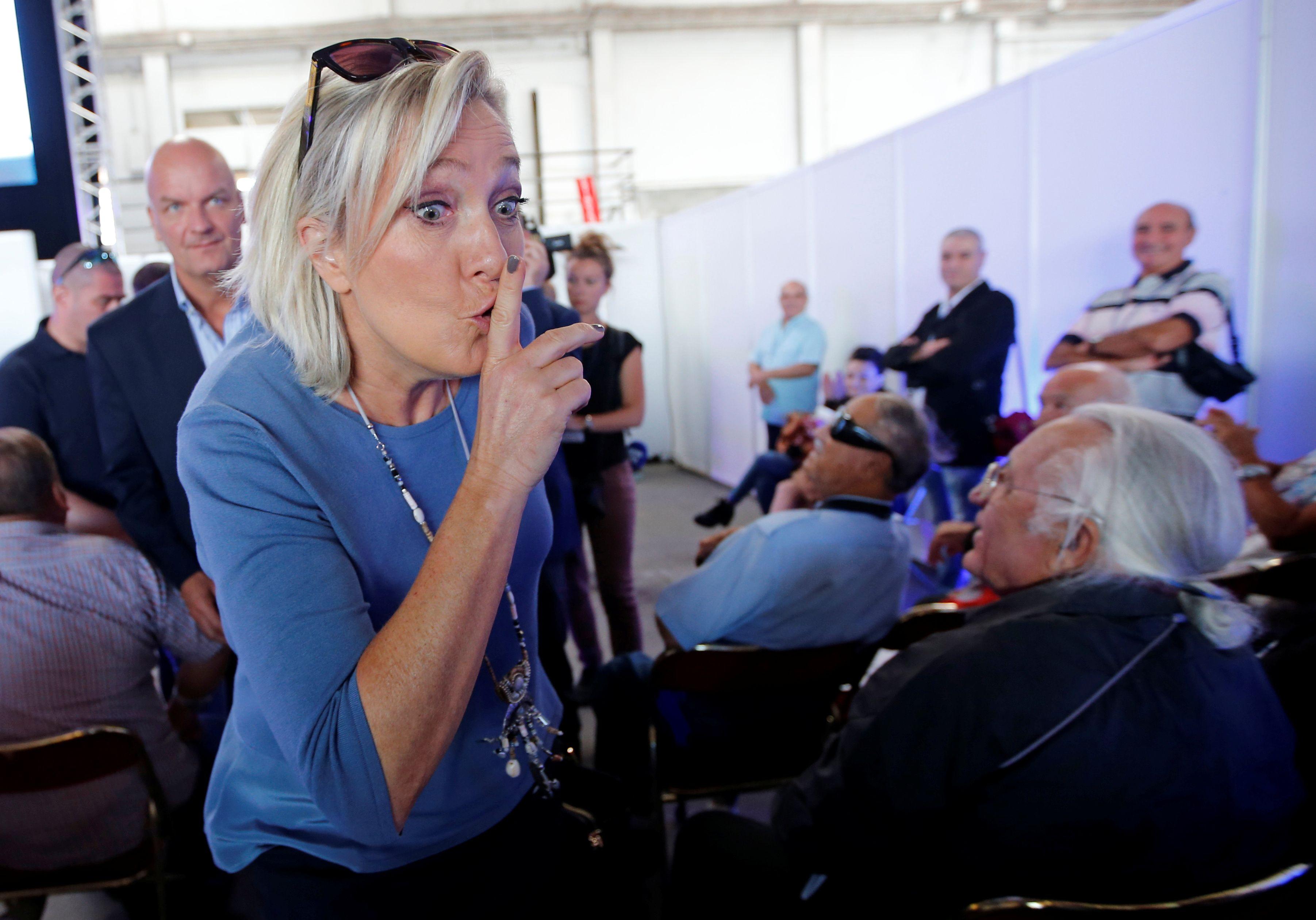 Marine Le Pen démet de leurs fonctions deux responsables régionaux du Front national