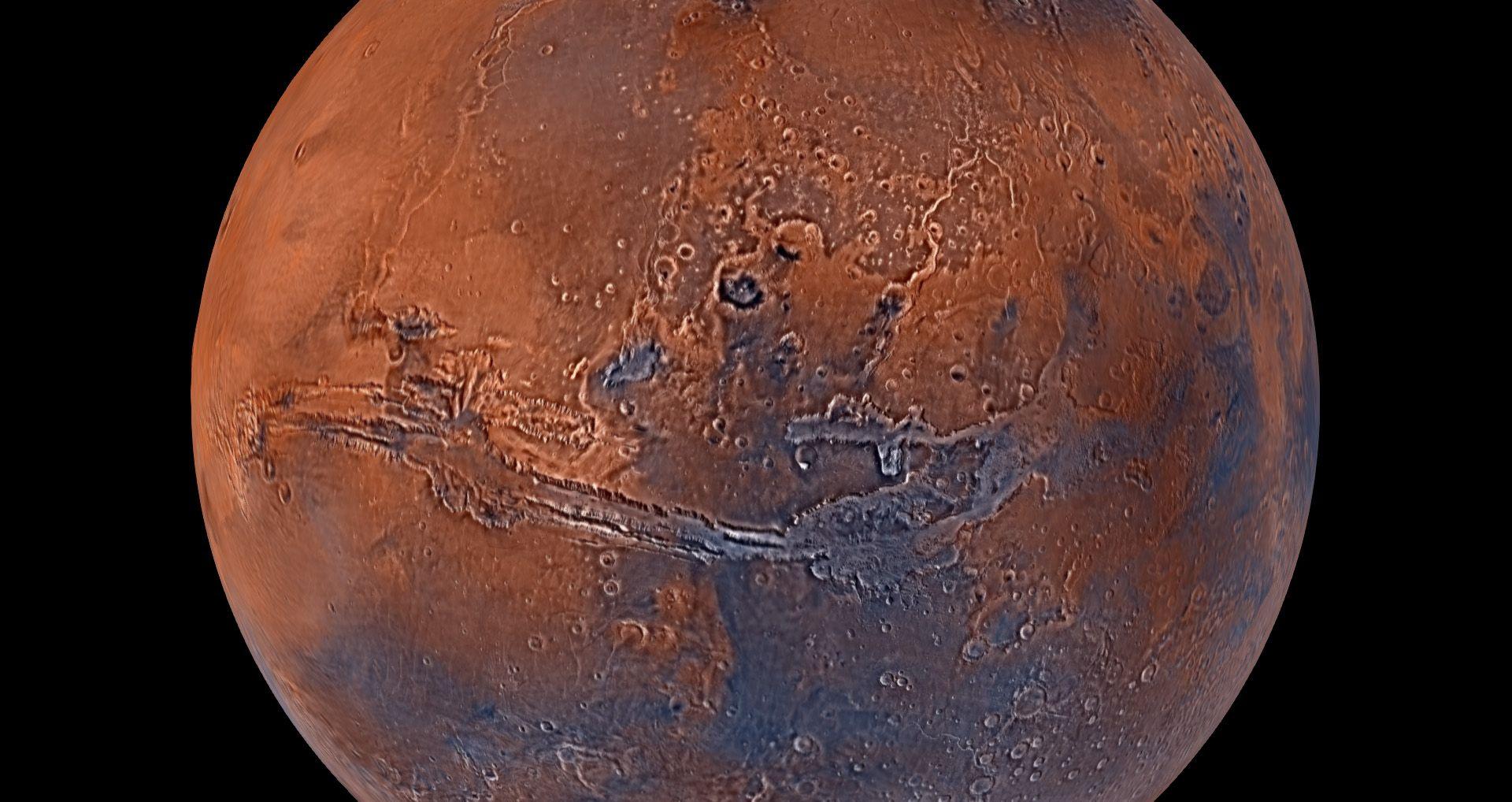 Mars: l'hypothèse d'une présence d'eau liquide se renforce sur la planète rouge