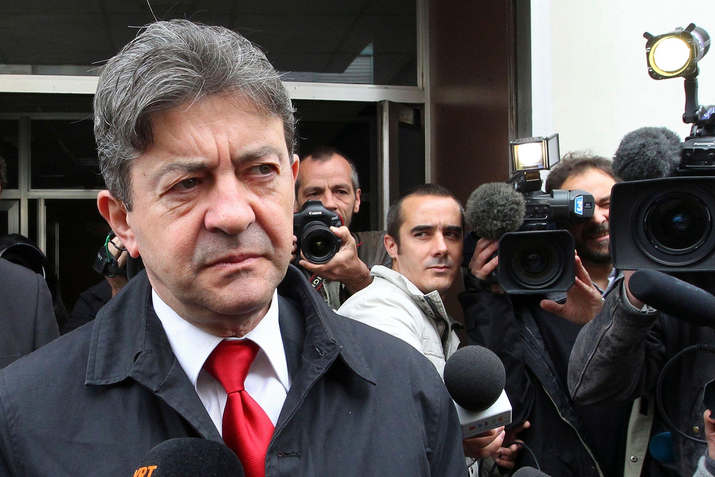 Jean-Luc Mélenchon quitte la coprésidence du Parti de Gauche.