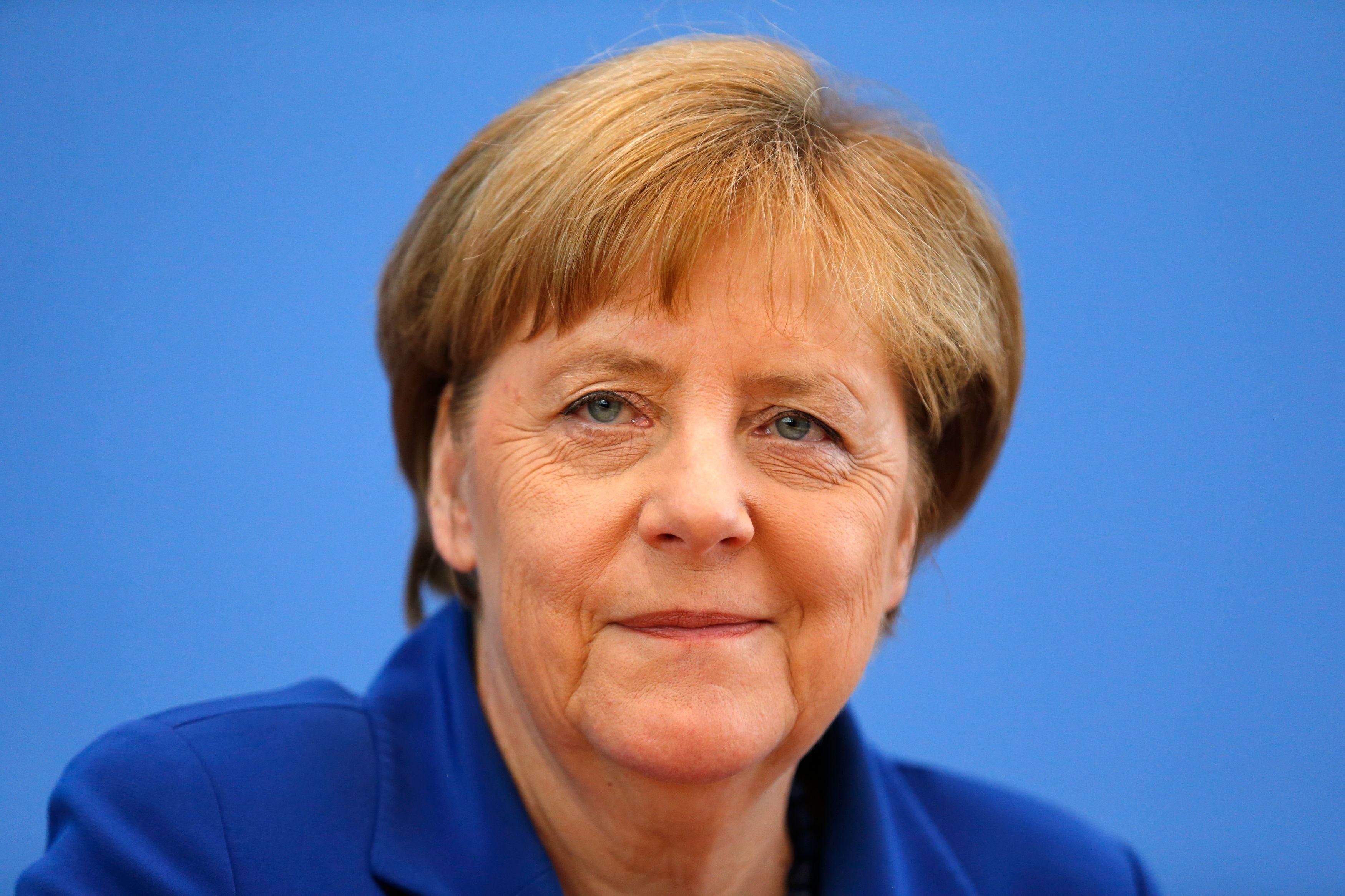 Allemagne : Angela Merkel en difficulté politique face aux troubles de Deutsche Bank