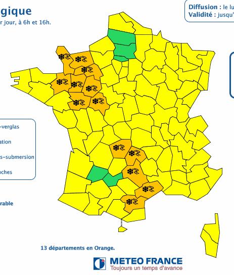 Météo France : 13 départements placés en vigilance orange pour neige et verglas