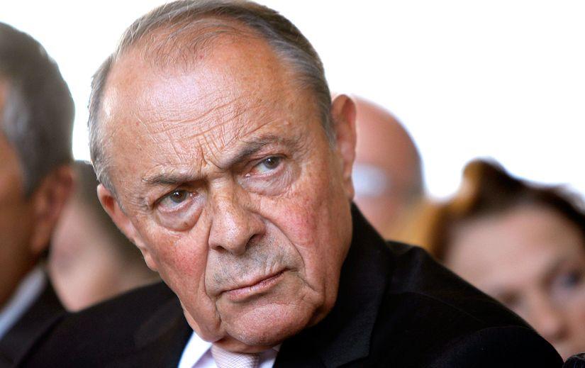 Michel Rocard a apoporté son soutien au gouvernement