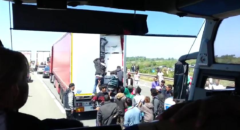 Migrants : Eurotunnel réclame 9,7 millions d'indemnisation aux gouvernements français et britannique