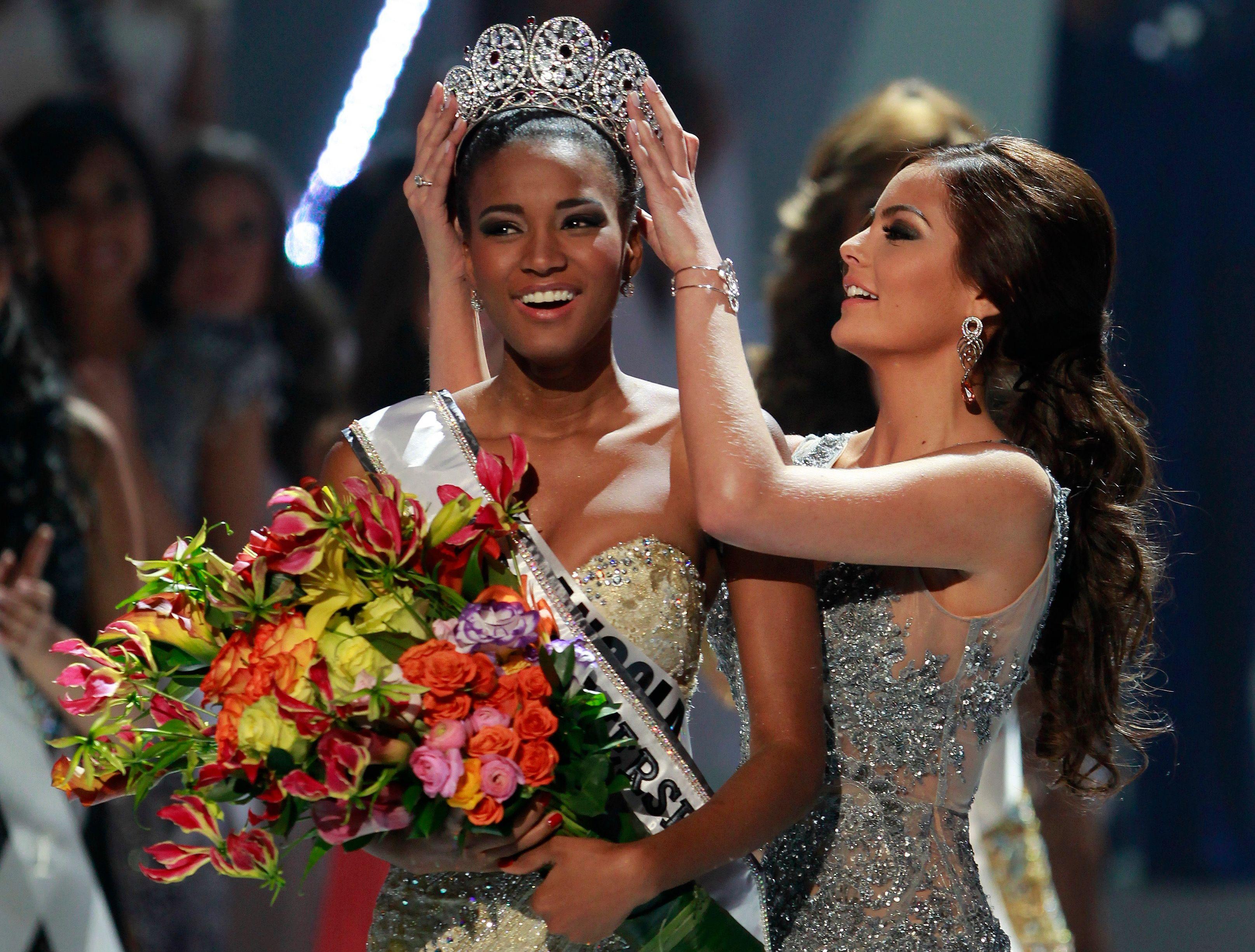 Leila Lopes, c'est son nom. Miss Univers c'est sa nouvelle fonction pendant un an.