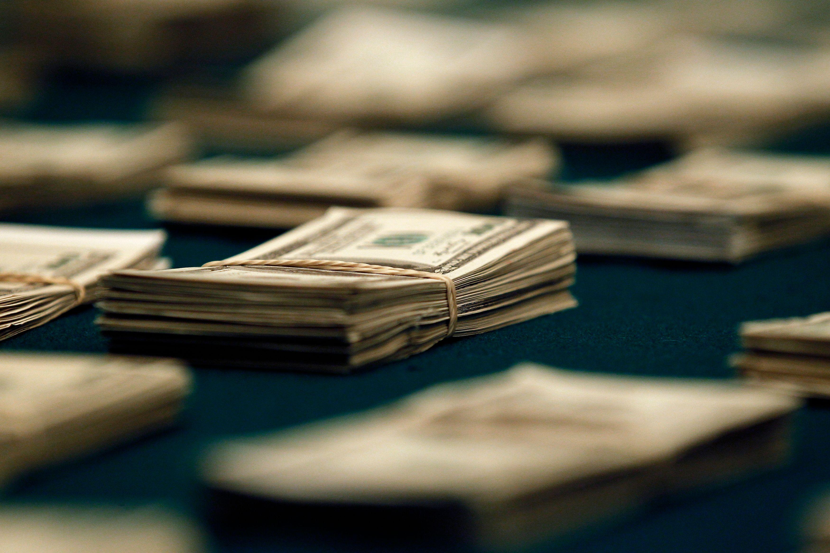 Helicopter money : pour l'après virus, les gouvernements préparent des injections massives de cash pour entreprises et particuliers