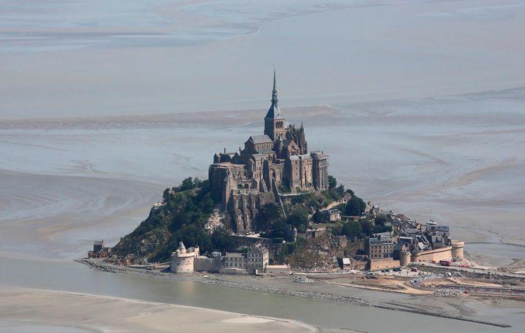 Un homme soupçonné d'avoir proféré les menaces au Mont-Saint-Michel a été interpellé à Caen