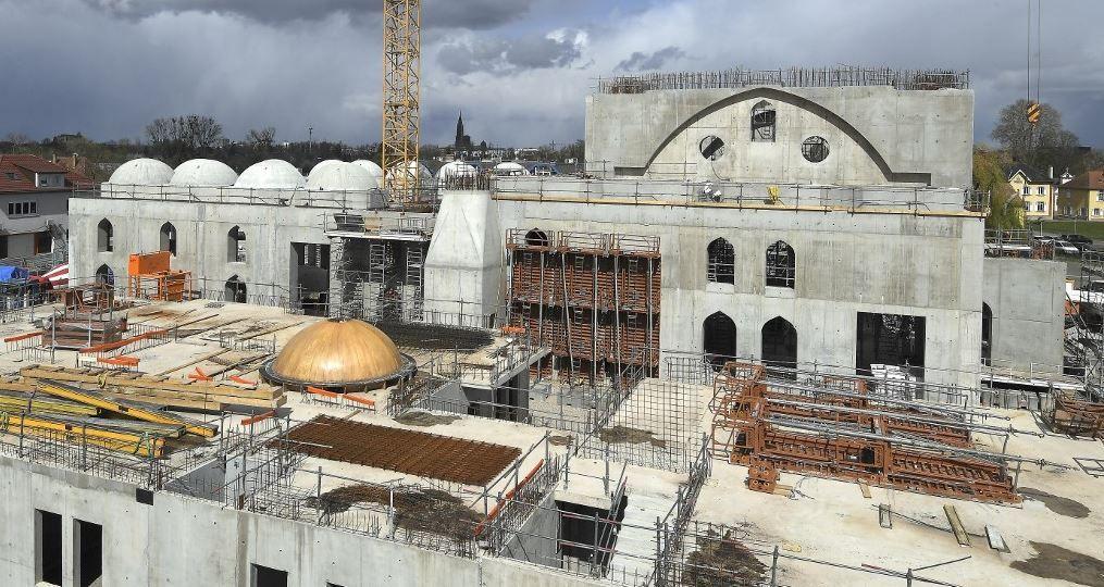 L'Europe post-chrétienne ouverte à tous les vents islamistes, retour sur la mosquée de Strasbourg et le Milli Görüs.