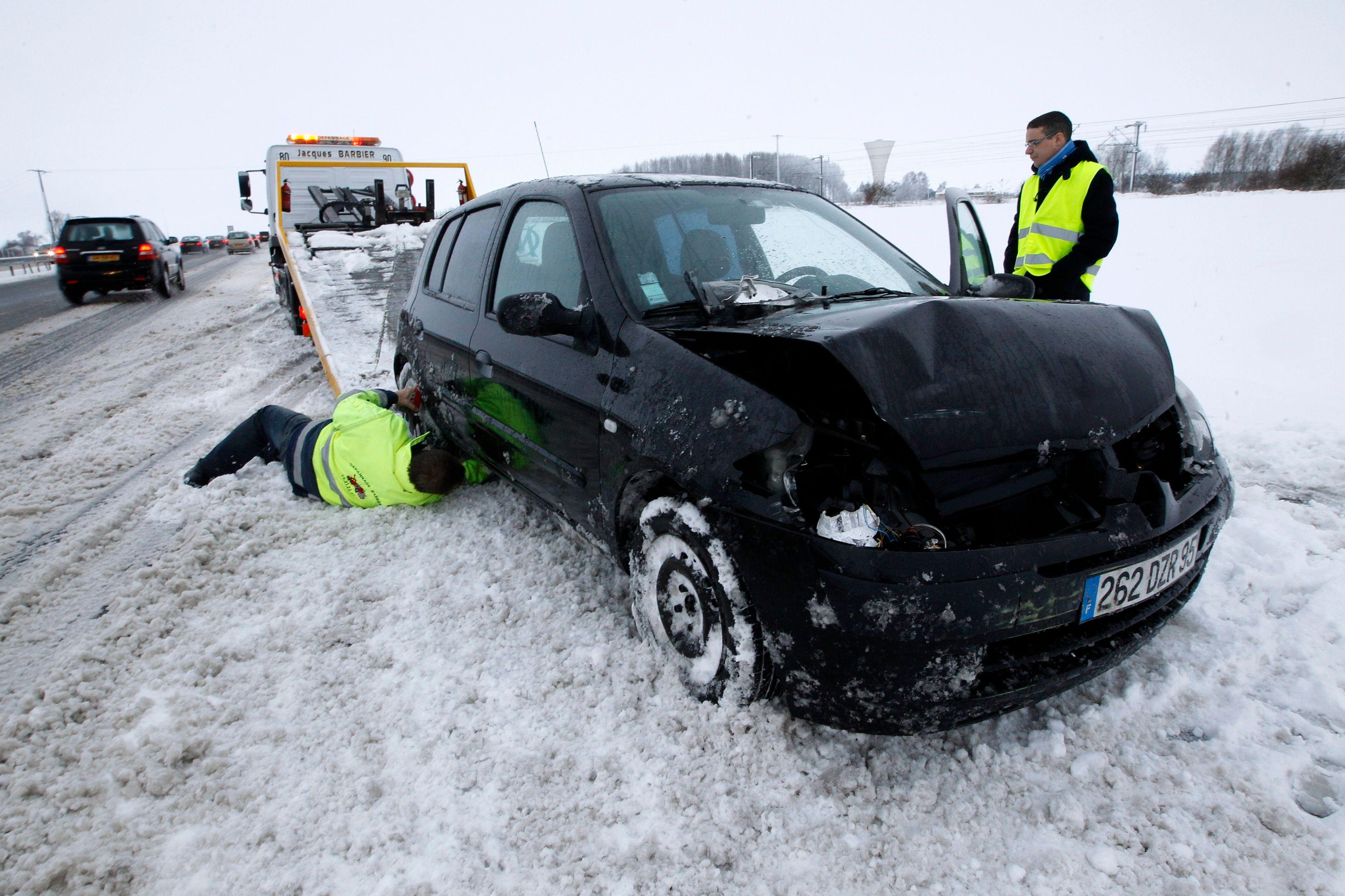 Lors d'épisodes très neigeux, l'important est d'être le plus vigilant possible et d'éviter au maximum de conduire.
