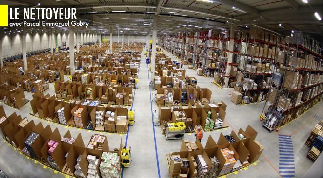 """""""Le fondateur d'Amazon a orienté son entreprise depuis le début autour de trois valeurs-clés : l'orientation complète vers le client ; le long-terme ; et ce qu'il appelle l'exploration, c'est-à-dire l'innovation et l'expérimentation."""""""