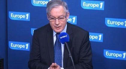 """Christian Noyer - Banque de France : """"Penser faire baisser l'euro d'un coup de baguette magique est une illusion"""""""