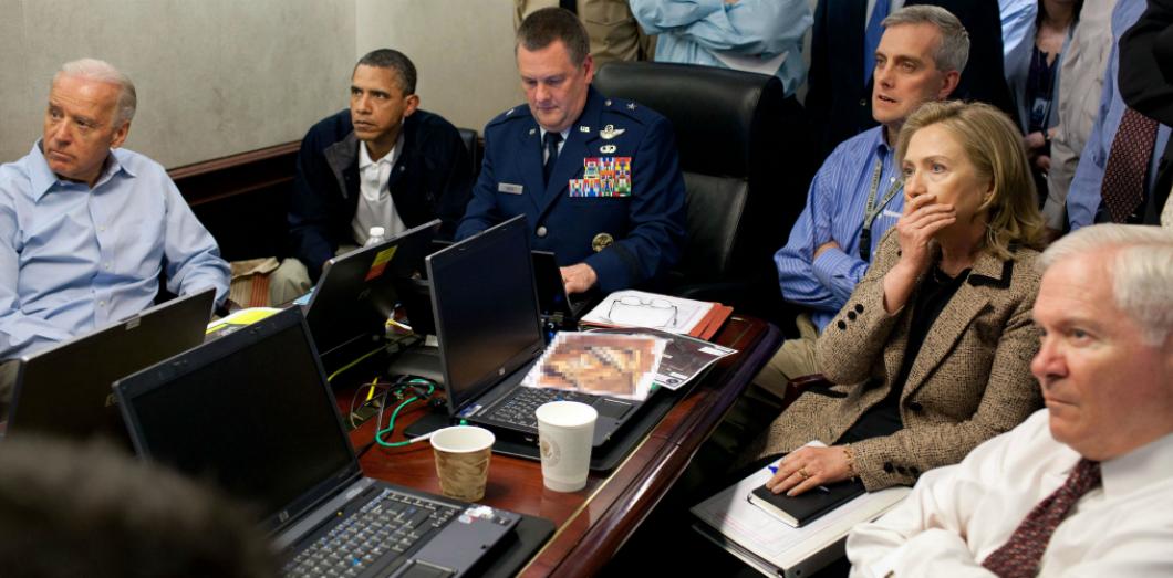 Barack Obama situation room Maison Blanche Joe Biden Hillary Clinton mort d'Oussama Ben Laden enquête terrorisme