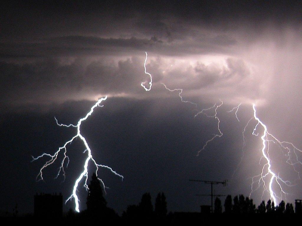 Météo France lance une alerte orange aux orages pour deux départements