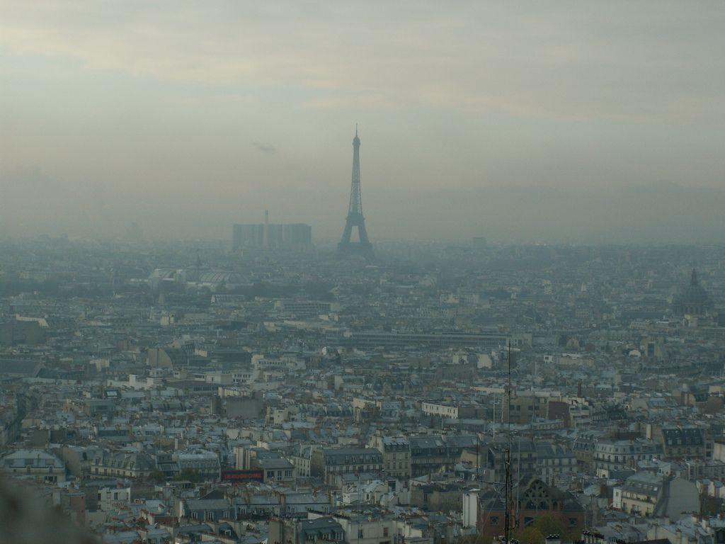 Les Verts parisiens ont manifesté cette semaine pour dénoncer les pics de pollution dans la capitale