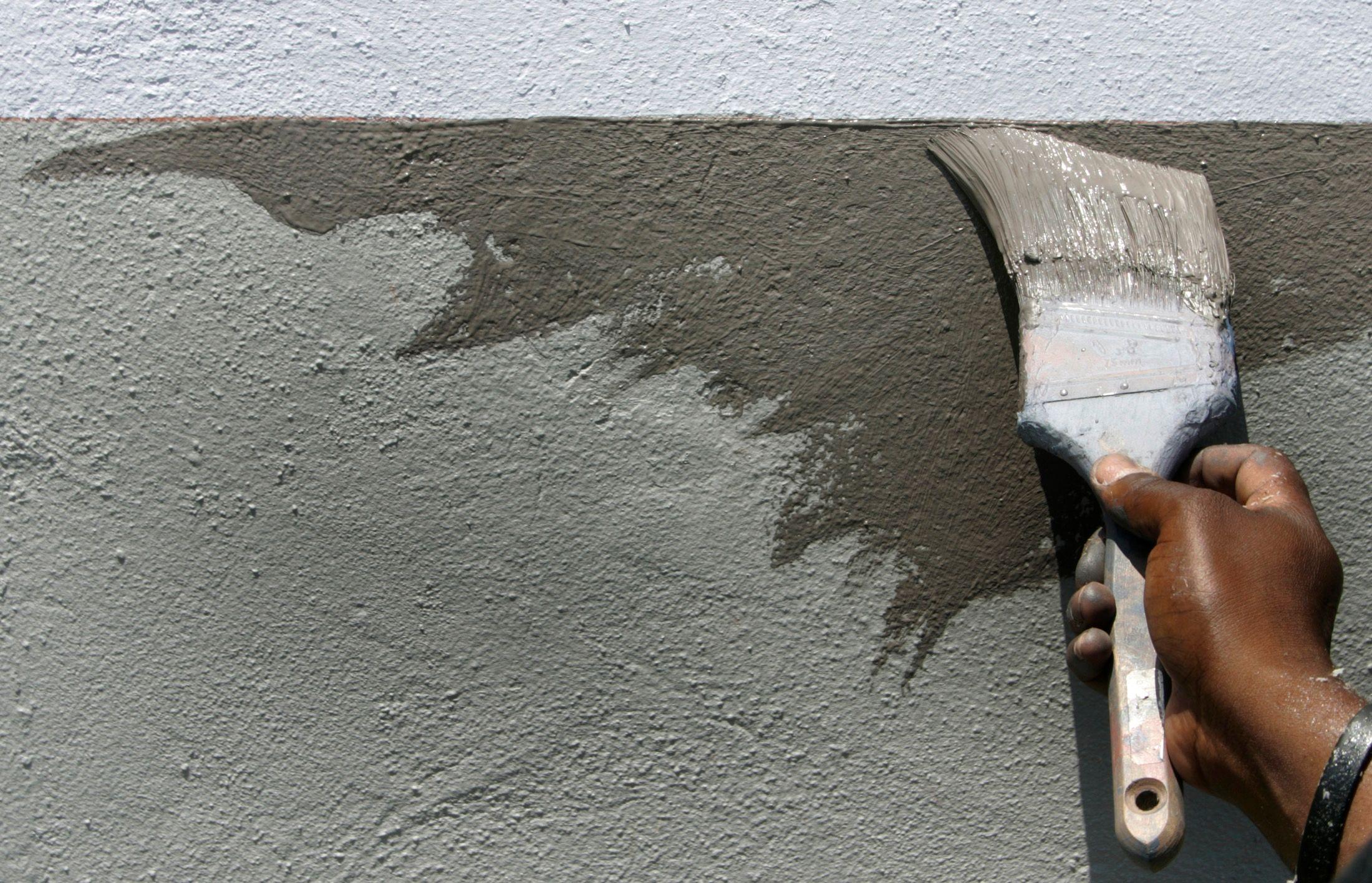 Combien de temps avant que nous nous lassions du gris sur les murs et les canapés et du rouge laqué sur les cuisines?
