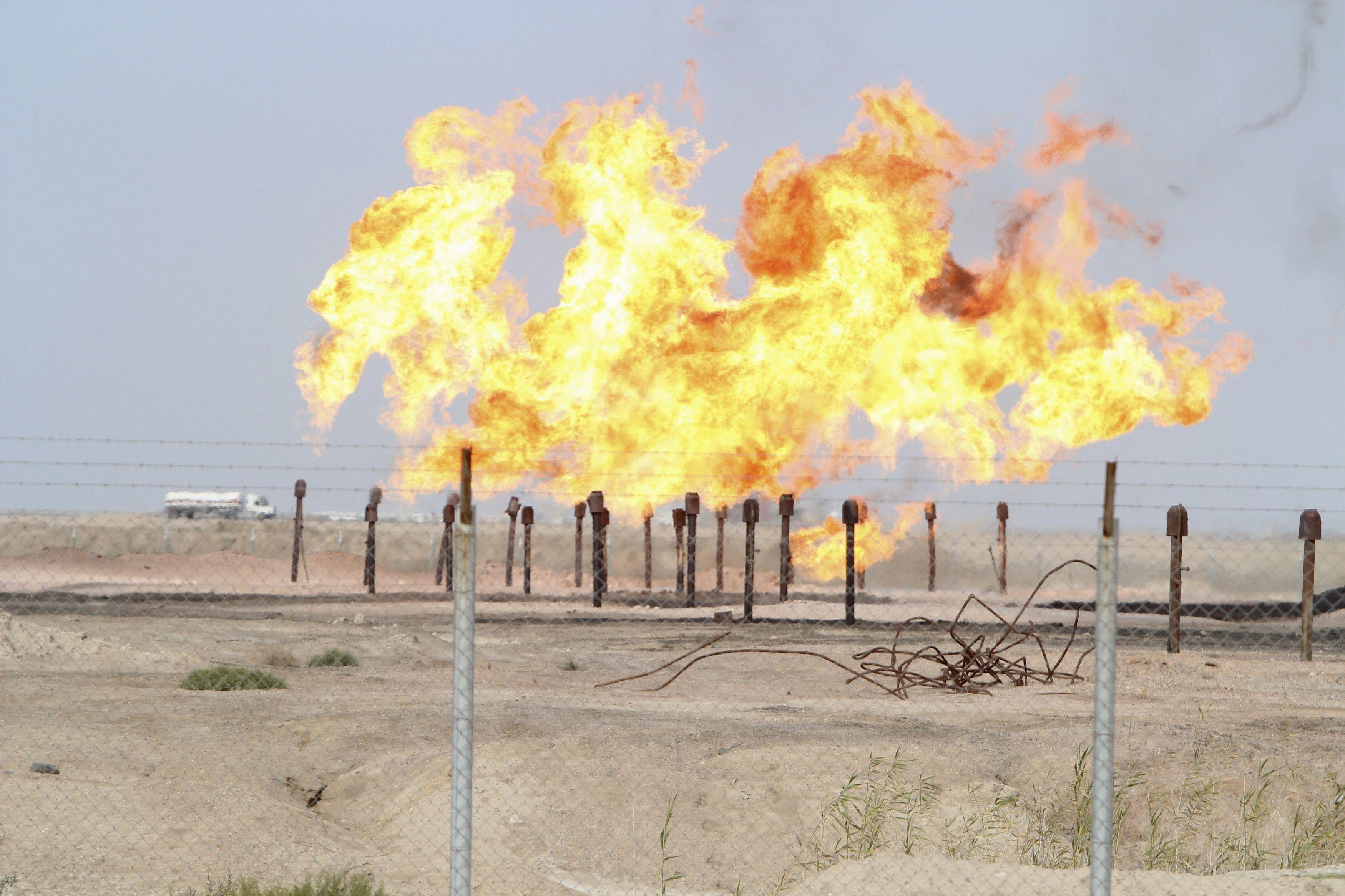 Azerbaidjan, Nigeria, Vénézuela... les premiers dominos de la crise pétrolière commencent à tomber et ce n'est pas fini