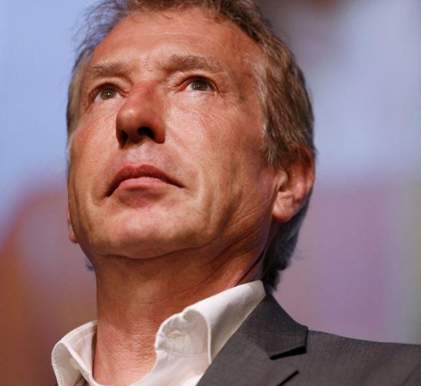 Philippe Ballard, journaliste et présentateur du journal télévisé sur LCI.