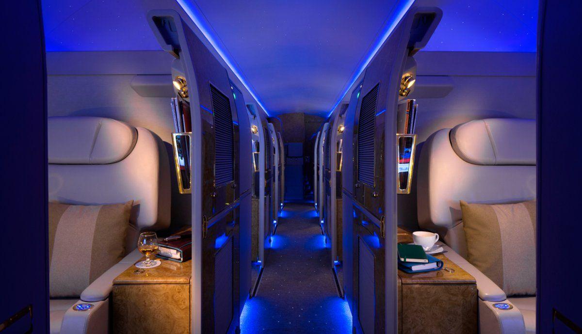 Emirates : la compagnie aérienne reconvertit un Airbus A 319 en jet privé grand luxe