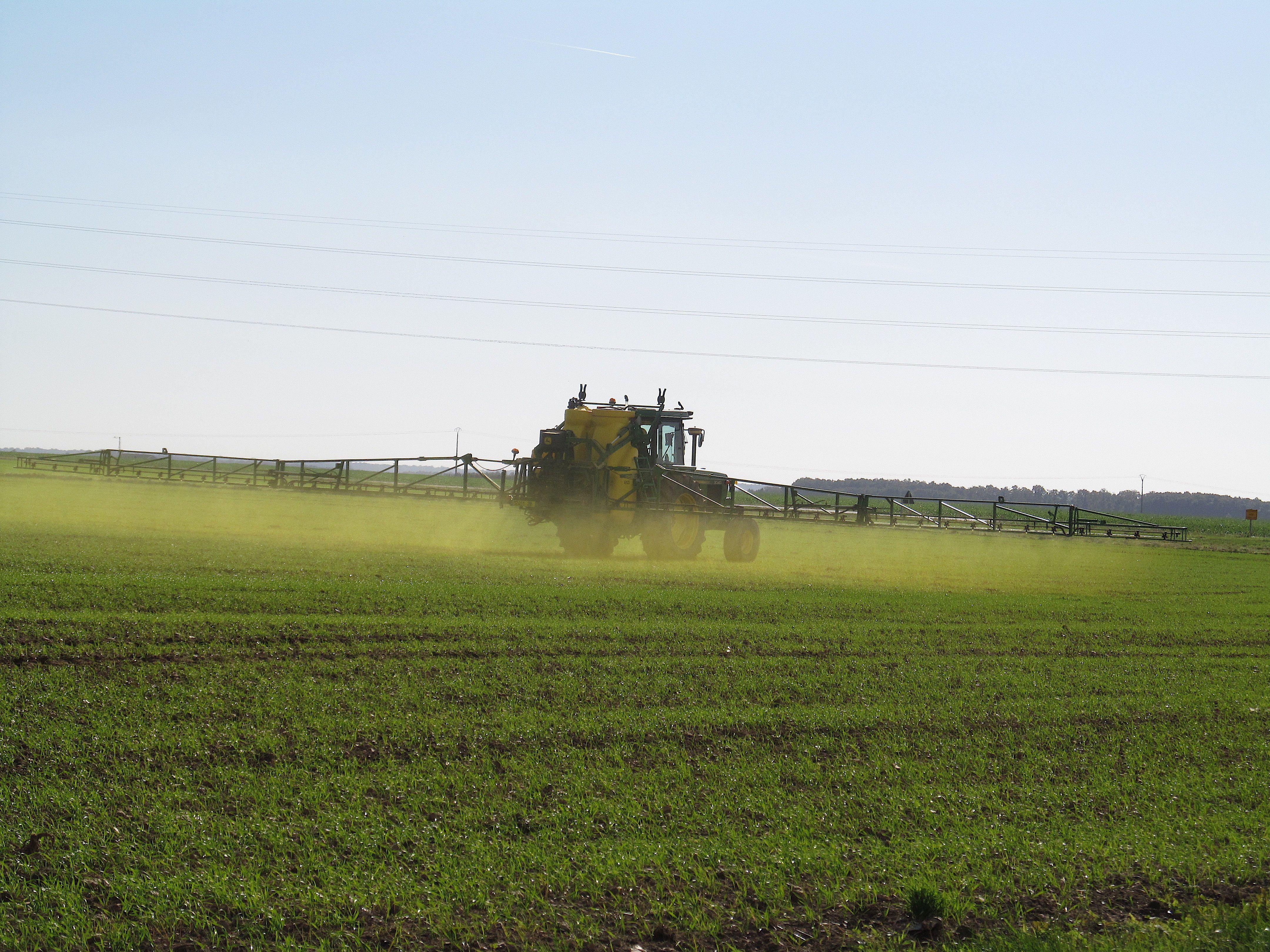 Glyphosate et cancer : une étude de grande ampleur relance le débat