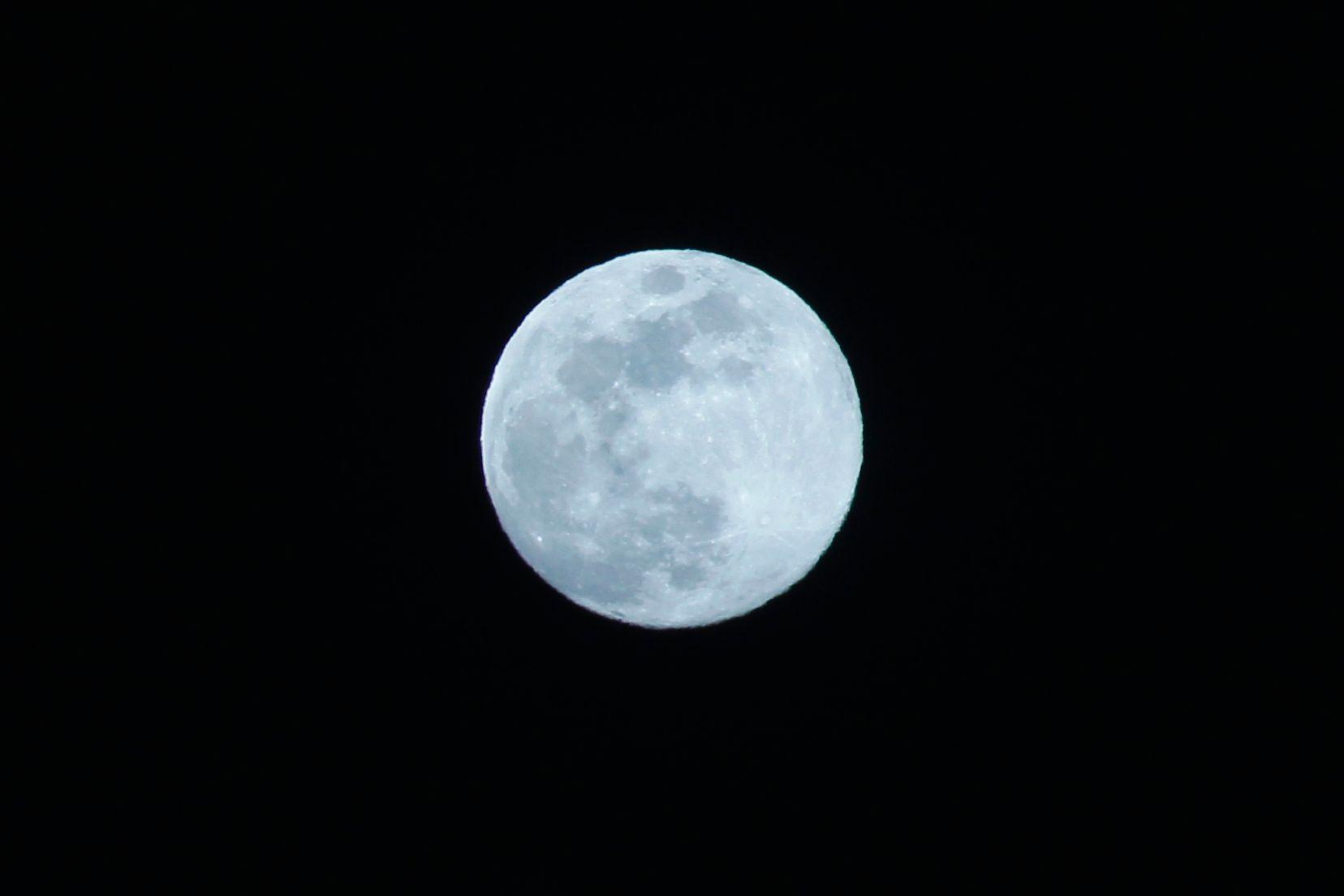 Pour maigrir, les stars se fient désormais à la pleine Lune.