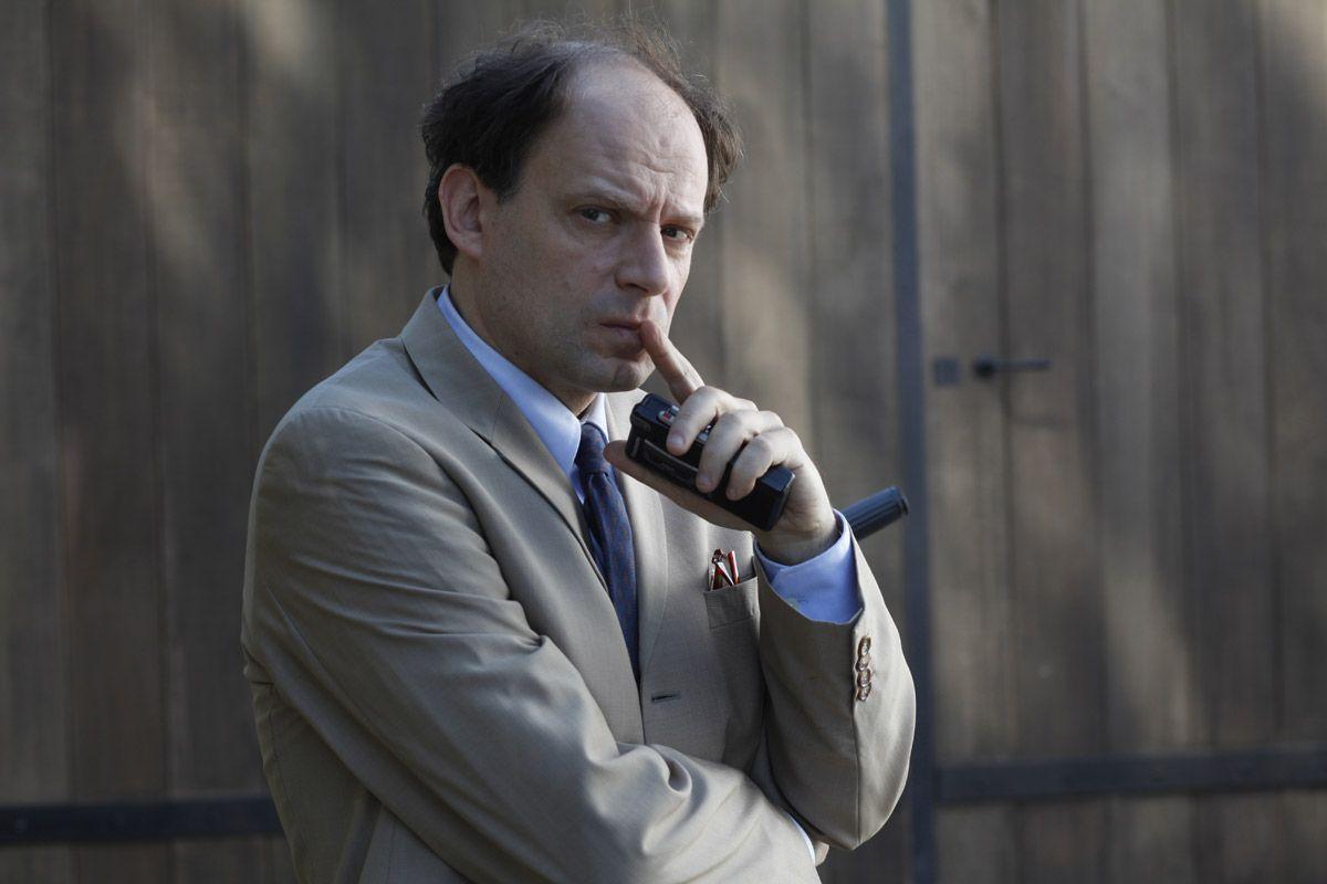 """Dans """"Omar m'a tuer"""", Denis Podalydès interprète Pierre-Emmanuel Vaugrenard, un personnage inspiré de Jean-Marie Rouart."""