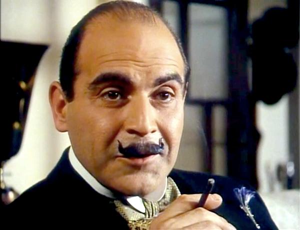 Hercule Poirot, le célèbre détective belge, n'avait pas besoin de formule pour trouver le tueur.