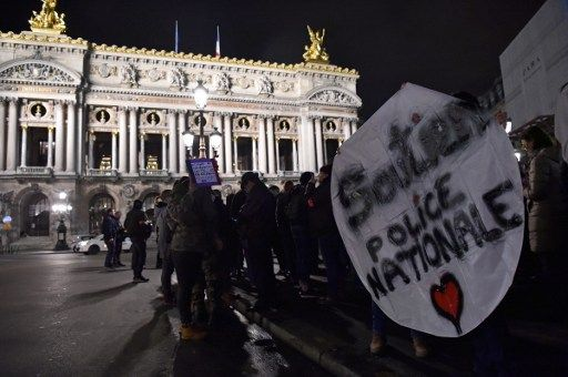 Colère des policiers : manifestation à Paris, Hollande va recevoir les syndicats