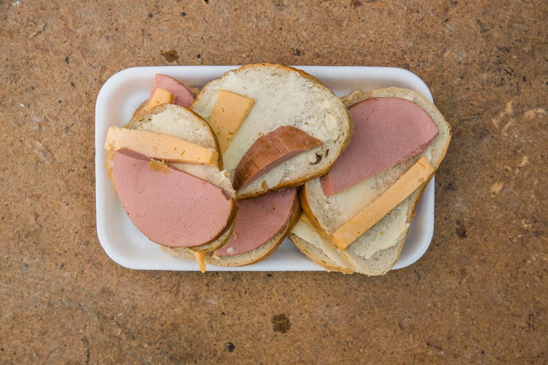 Le porc chinois a la peste, l'élevage mondial tousse… et nos sandwichs vont coûter plus cher