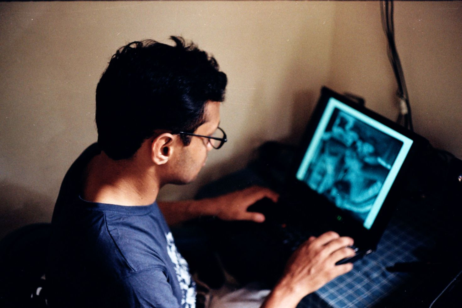 Les adolescents consultent de plus en plus des sites pornographiques