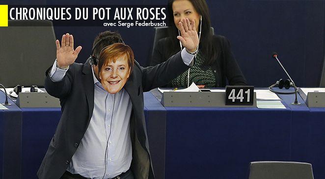 Un député européen portant le masque d'Angela Merkel.