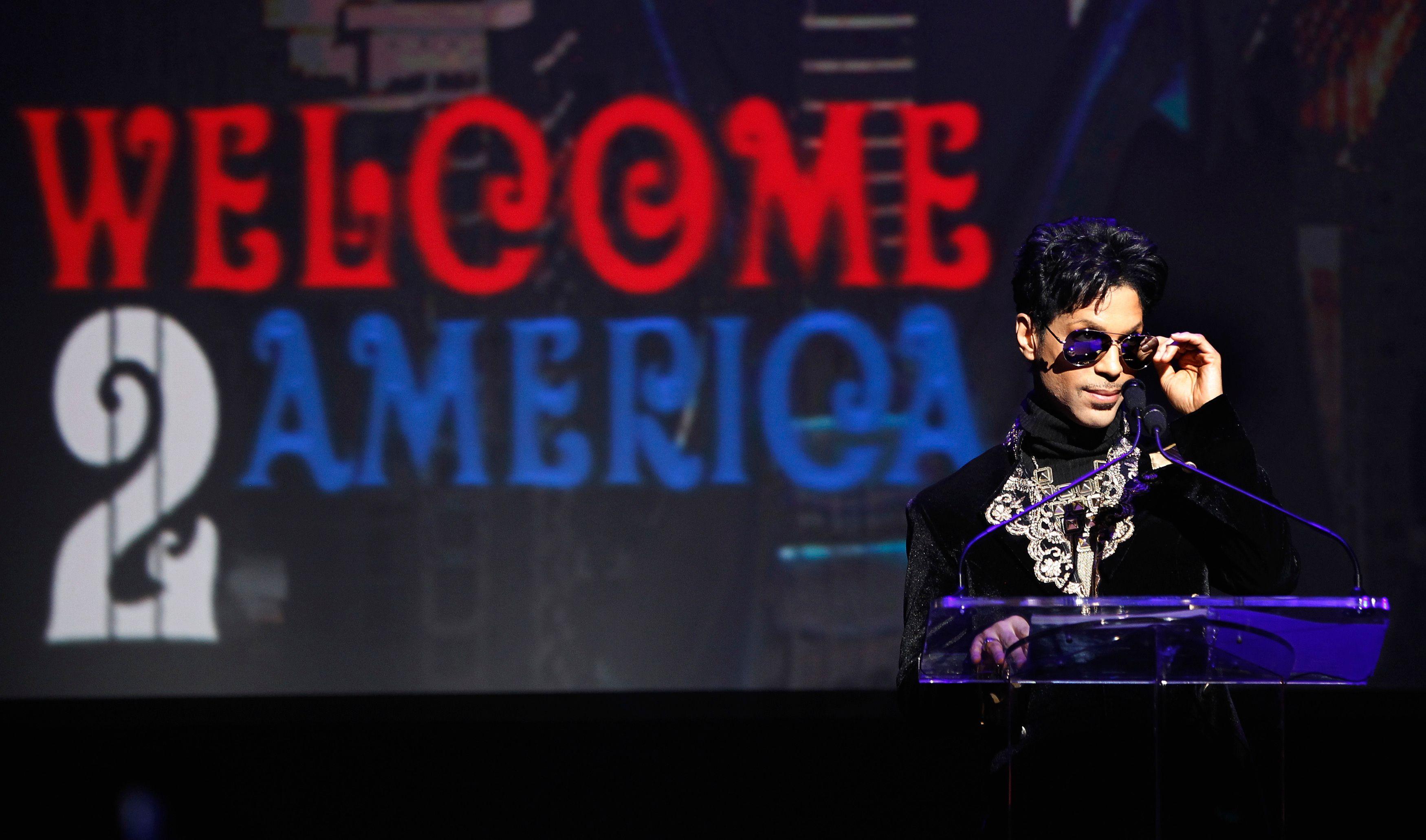 Prince : le chanteur annonce des places de concert à 7,5 €