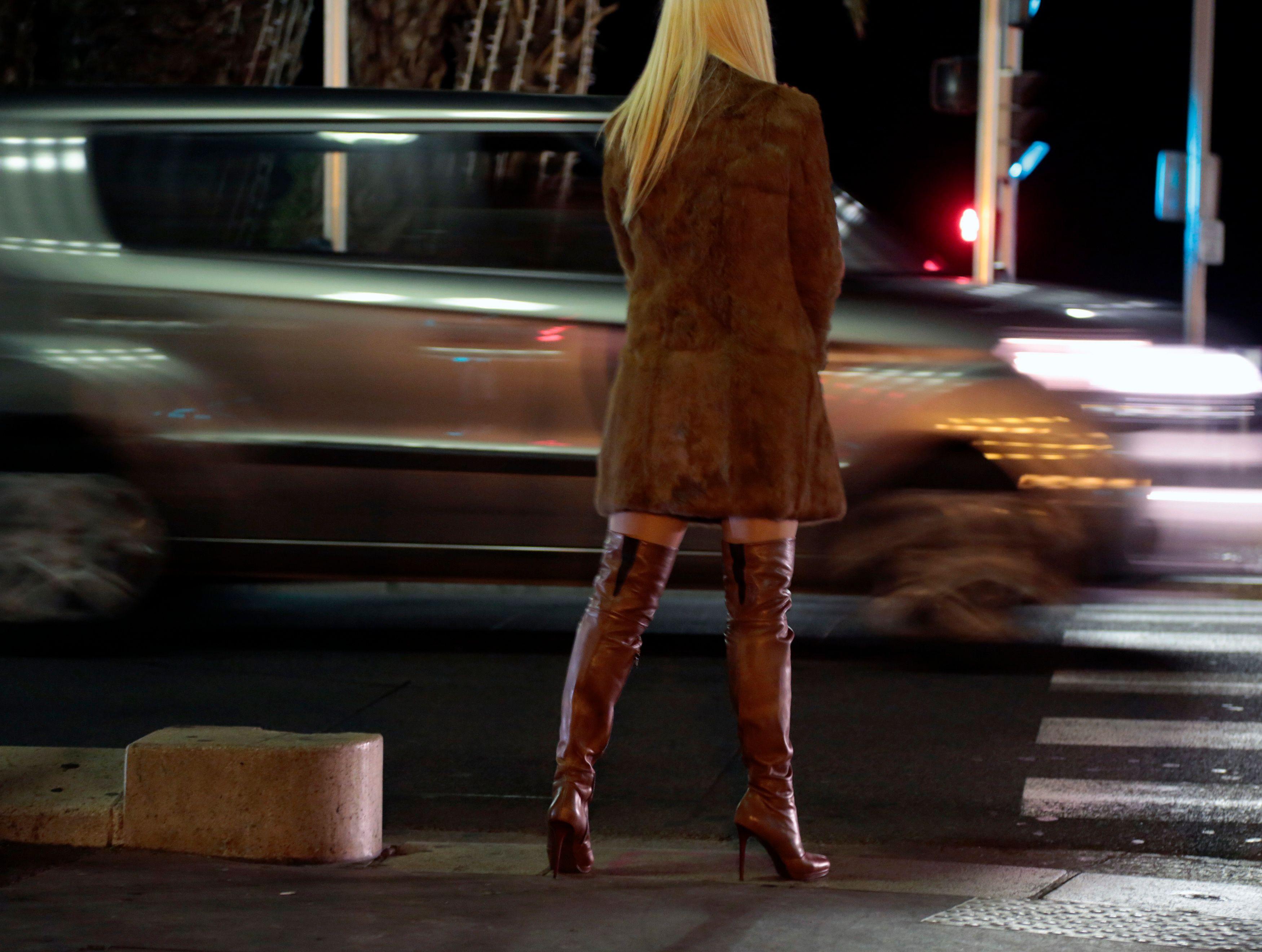 Loi prostitution : comme prévu, tout se passe mal
