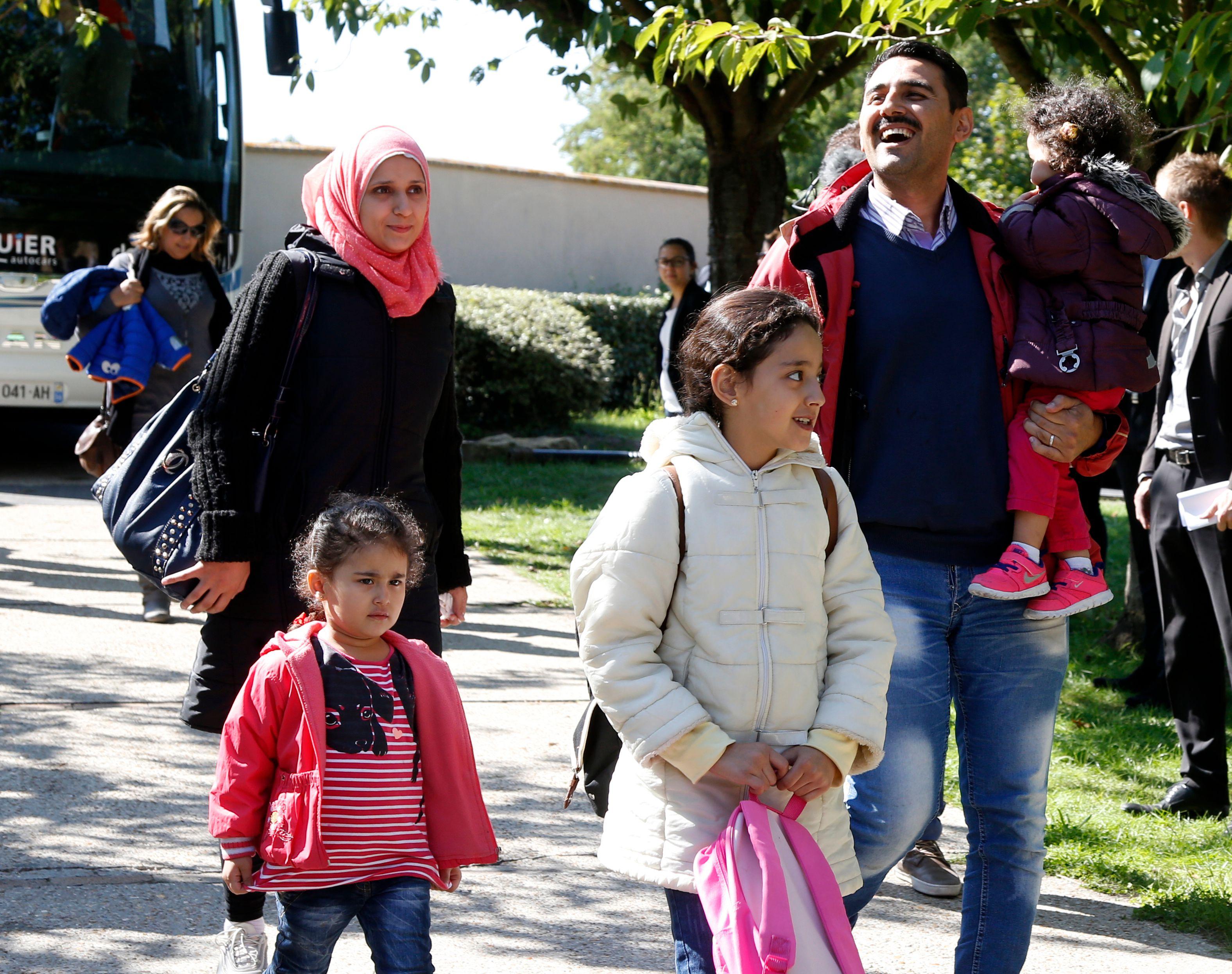 """Comment l'Allemagne a commencé à """"intégrer"""" ses migrants... avec des salaires à 1 euro de l'heure"""