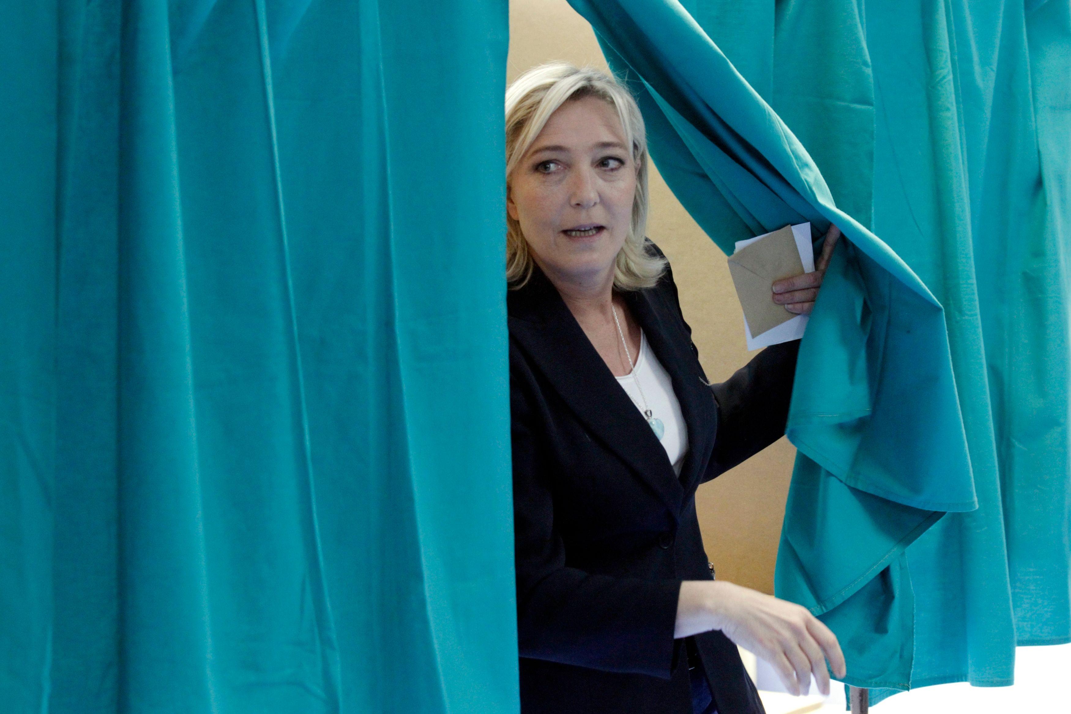Les dernières élections en France ont montré un affaissement du paysage politique.