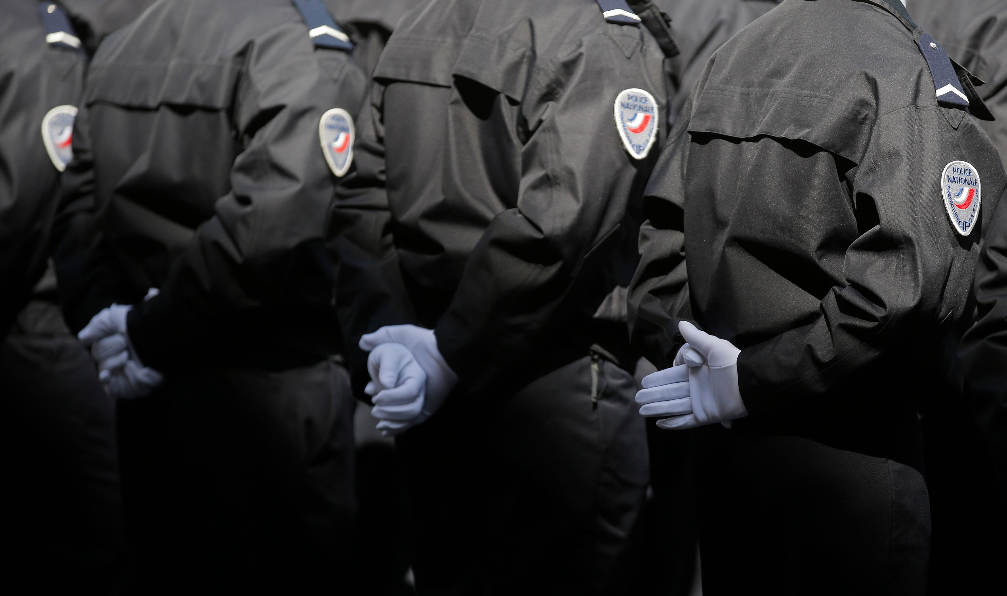 La refonte des renseignements souhaitée par Manuel Valls portera en premier lieu sur la DCRI où 1900 policiers supplémentaires seront affectés en plus de nouveaux moyens technologiques.