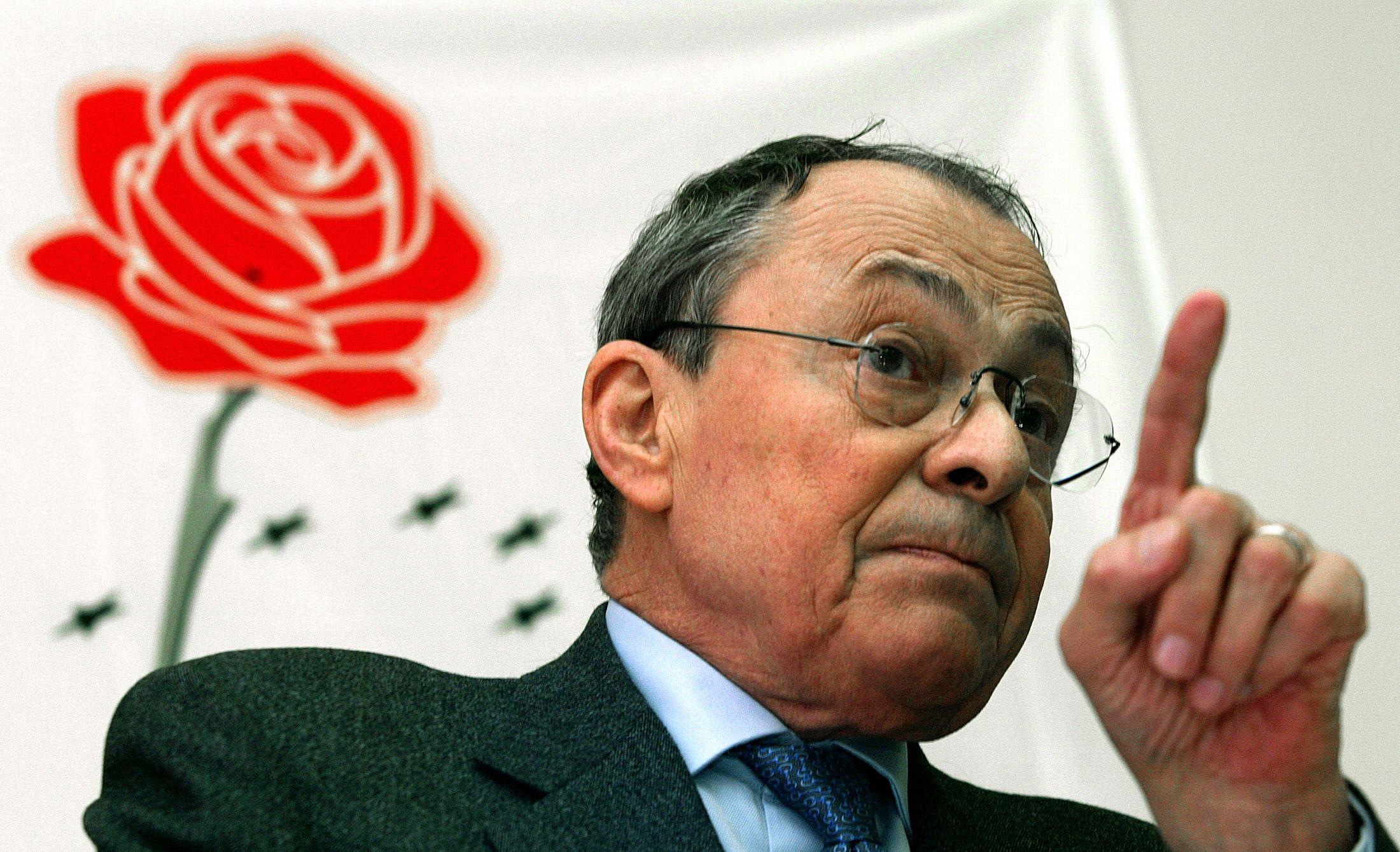 Mitterrand - Rocard, la guerre des deux gauches qui s'est transformée en guéguerre de tous contre tous