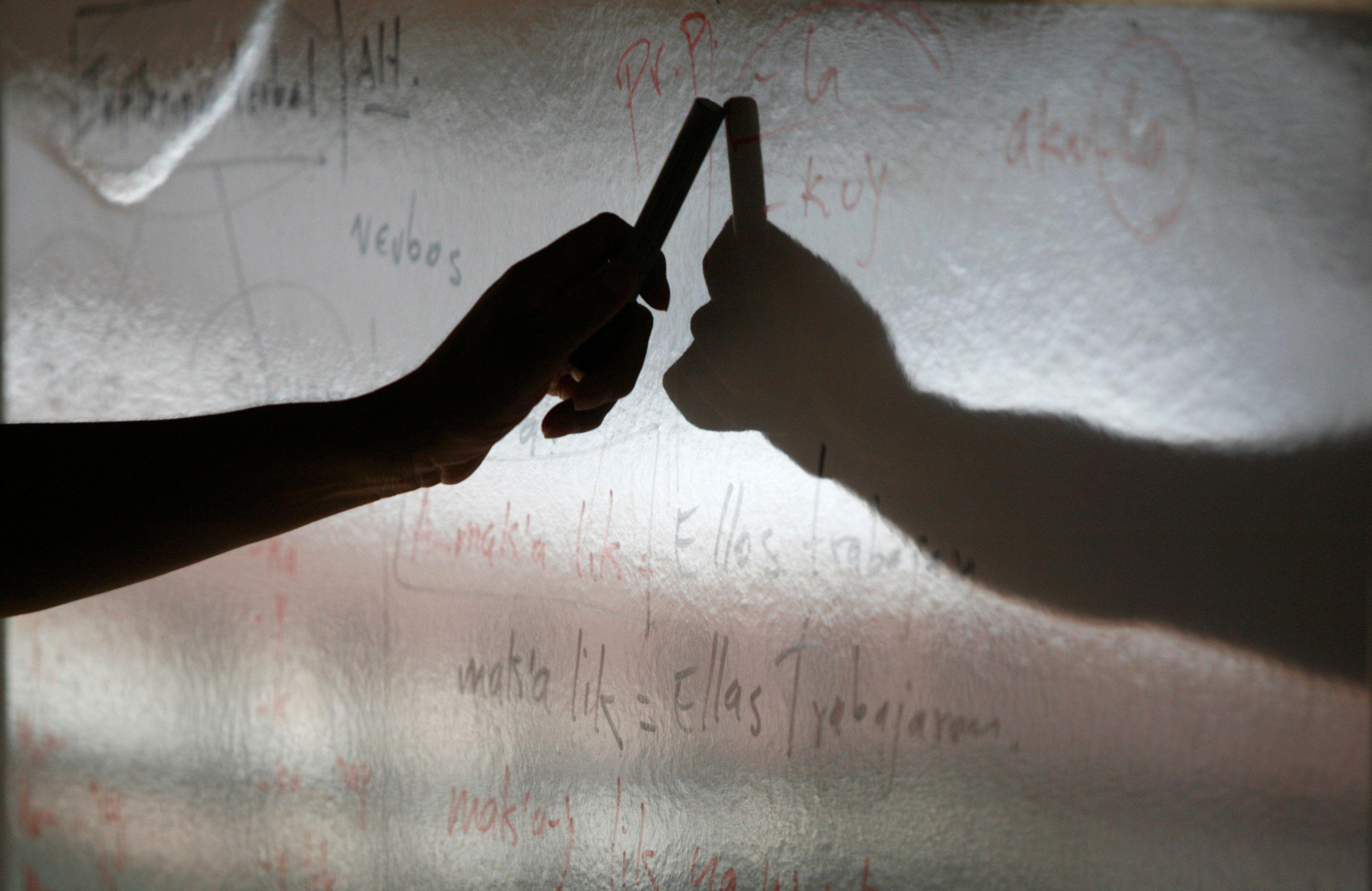 Suicides de profs, violence dans les classes : quand le déni du ministère de l'Education nationale fait des ravages dans les écoles