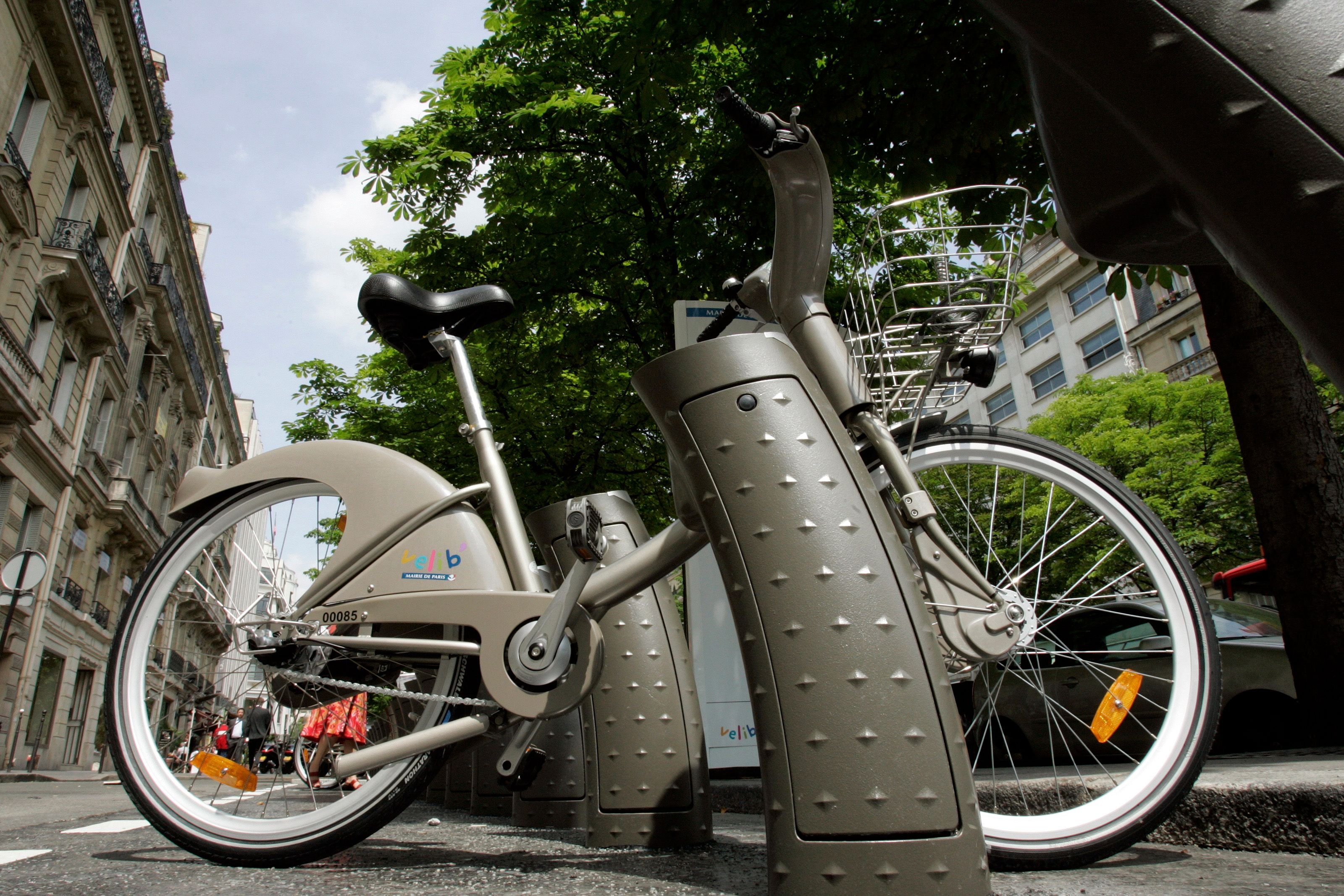 Vélib' : un rapport dénonce le coût excessif du contrat entre la ville de Paris et JC Decaux