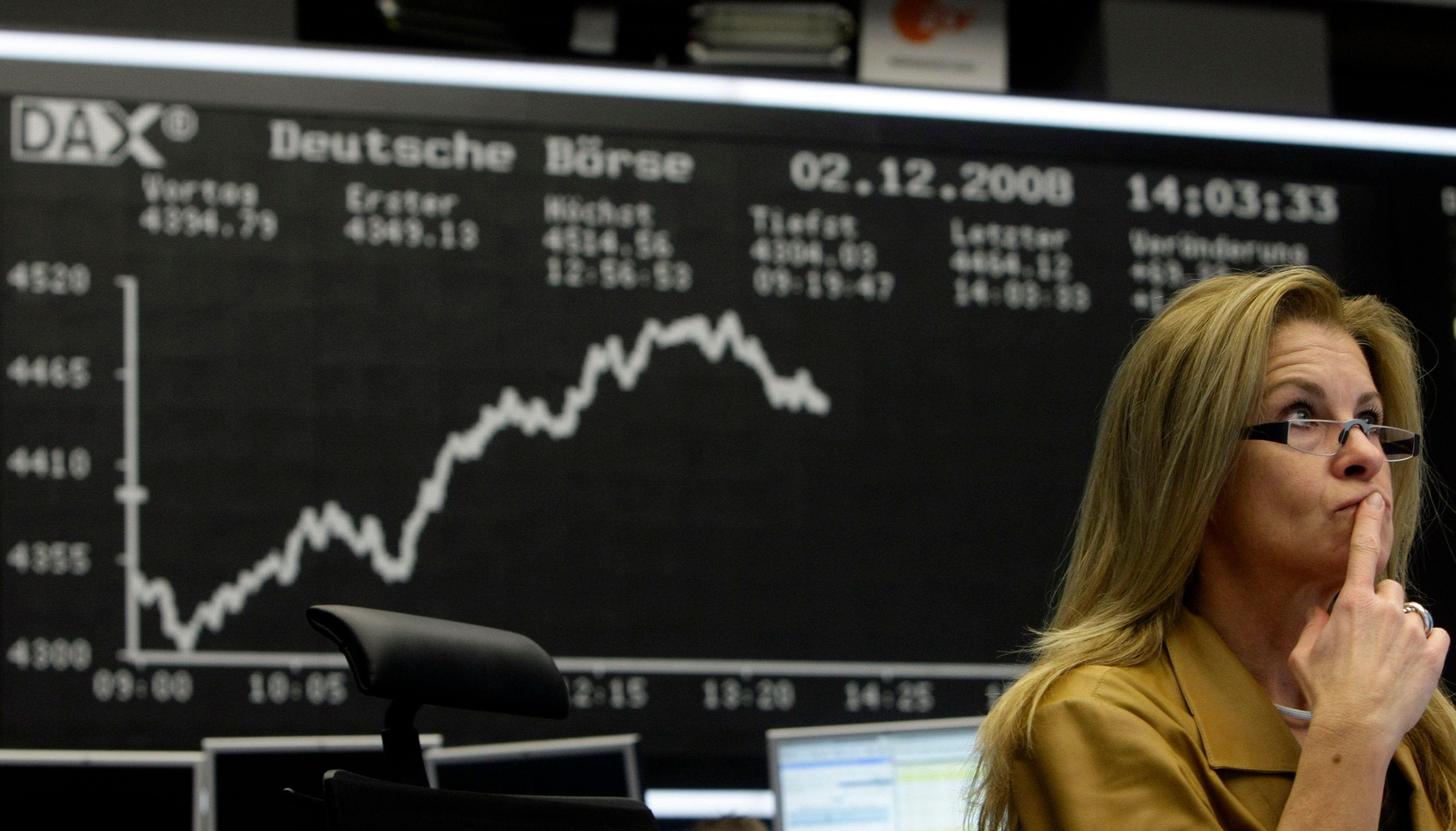Il y aurait un lien entre le taux de travail des femmes dans les économies émergentes et la croissance.
