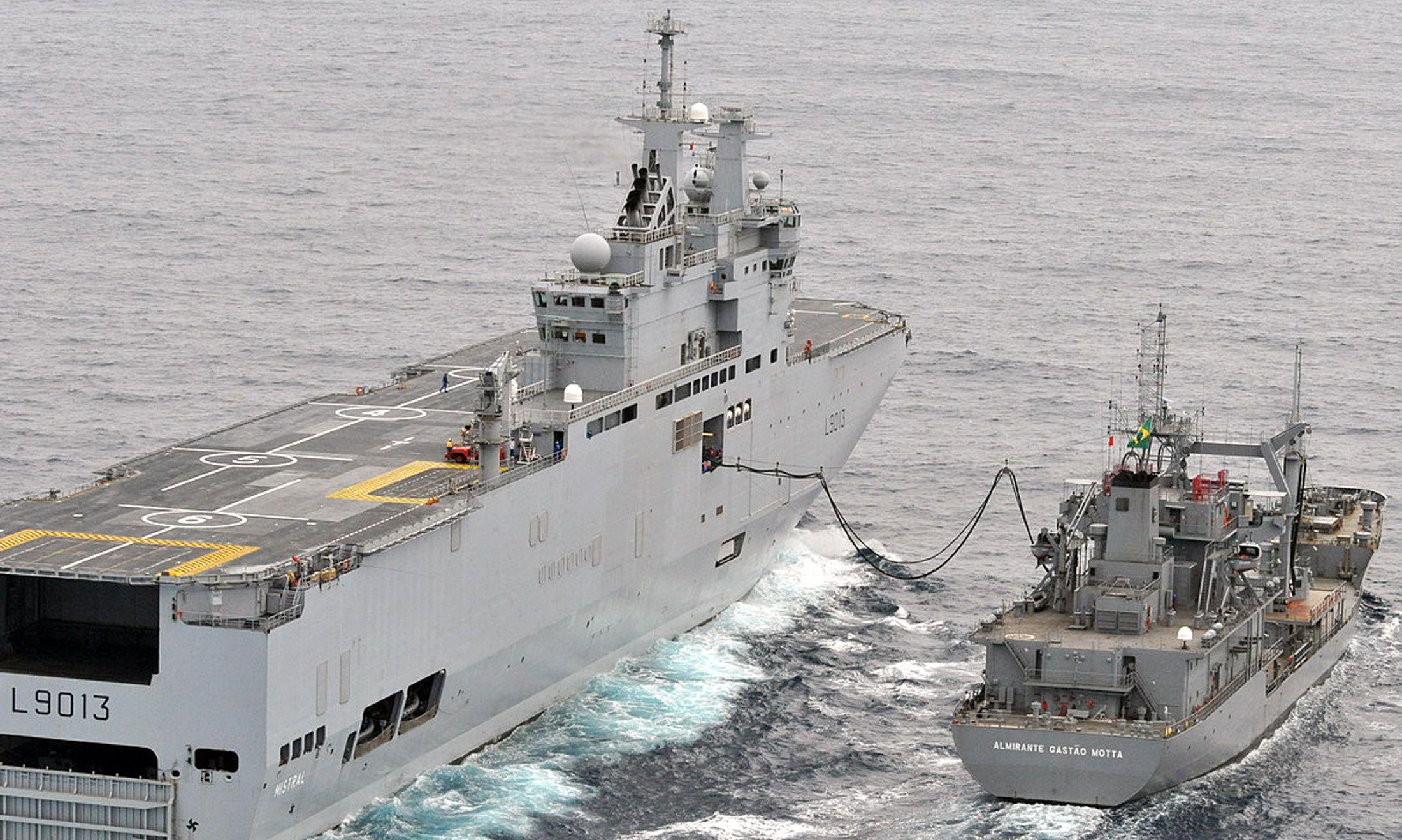 La France et la Russie avaient conclu la livraison de deux navires Mistral pour 1,2 milliard d'euros.