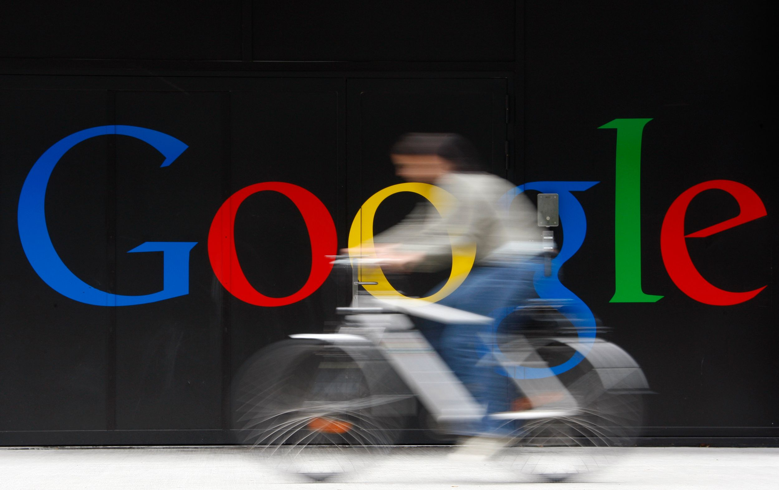 """Google veut en finir avec le """"roaming"""" payant."""
