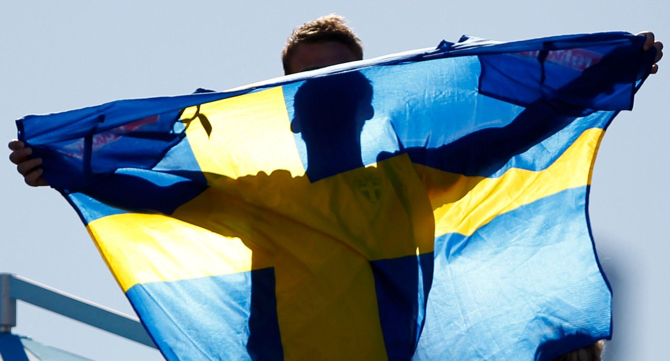 La langue suédoise et la langue anglaise sont dans un rapport de proximité très étroit.