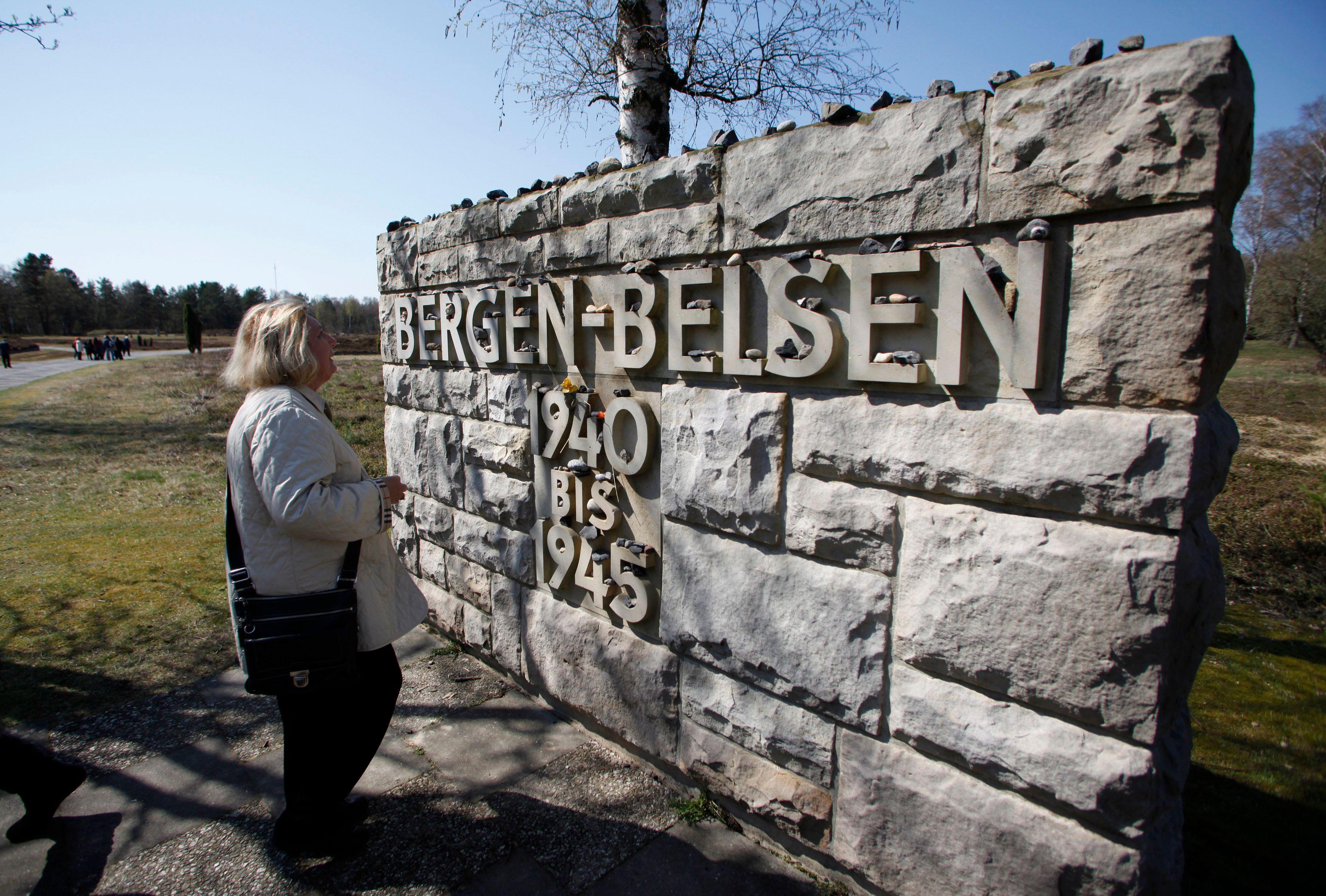 """Le cannibalisme était """"endémique"""" dans les camps de concentration nazis, révèlent de nouveaux témoignages de survivants"""