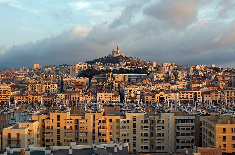La ville de Marseille.